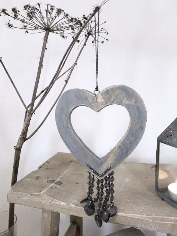 Herz mit Perlen Schwarz aus Holz