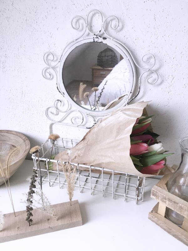 Wandkorb Wandspiegel weiß