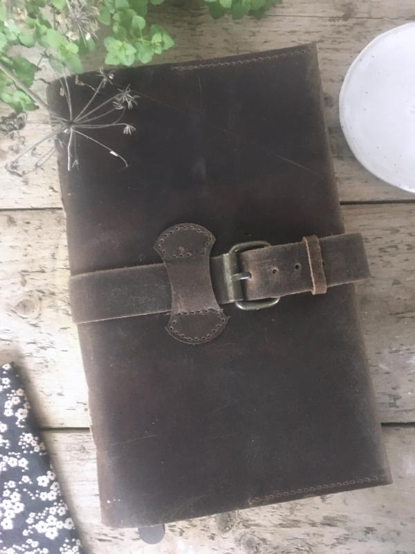 Notizbuch Traveler's Notebook echtes Leder Handarbeit 16 x 24 cm